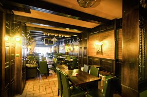 Green Saloon Pub and Grill