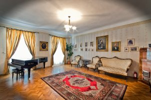 Muresenilor family museum
