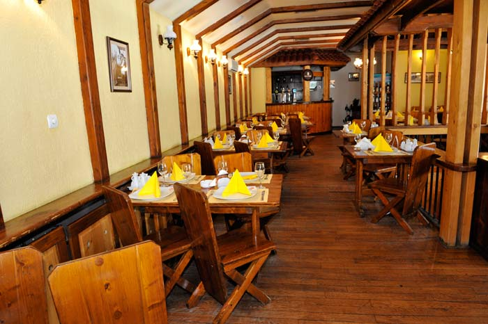 Restaurant Terasa Casa Tudor