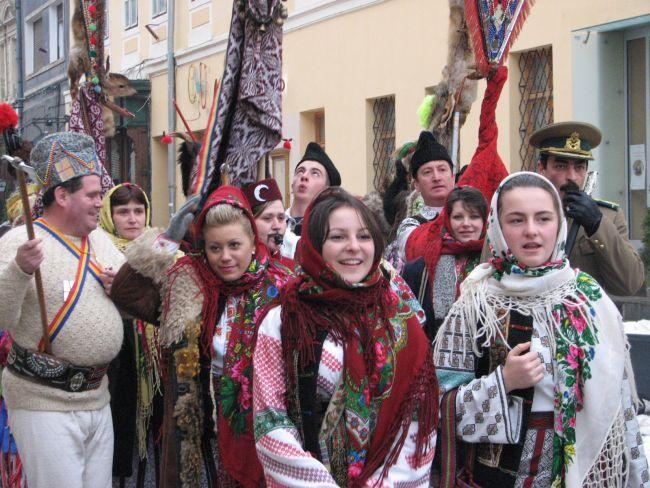 """Festivalului naţional de muzică, tradiţii, obiceiuri  şi meşteşuguri populare """"LERU-I LER… """"ediţia a IV-a"""